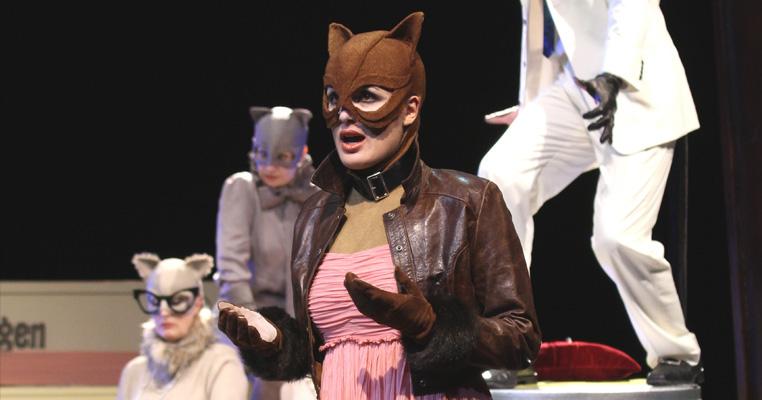 Maria Rebekka Stoehr, Babette, The English Cat, Henze
