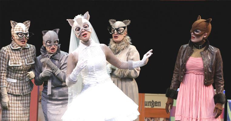 Maria Rebekka Stoehr, Babette, The English Cat, Henze, 2011